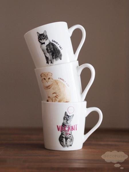 ダイソーの猫マグカップ