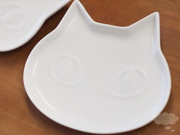 ダイソーの猫のお皿