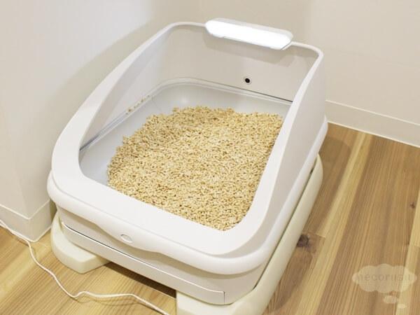 猫のおしっこ、体重管理ができるスマート猫トイレ「toletta(トレッタ)」のプロトタイプモデル