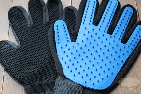 手袋タイプのグルーミンググローブ二枚組