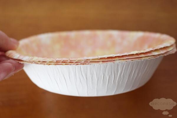 キャンドゥ100円猫グッズの紙のボウルタイプのお皿深さ