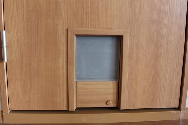 サノスケ不動産猫用賃貸住宅のキャットドア