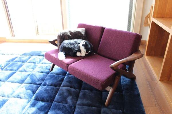 サノスケ不動産の猫のための賃貸住宅に飾ってあった大川家具の猫家具